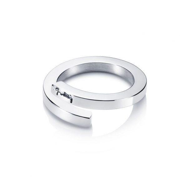 Little Twist Ring - Efva Attling ringar - Snabb frakt & paketinslagning - Nordicspectra.se
