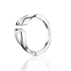 Folded Ring - Efva Attling ringar - Snabb frakt & paketinslagning - Nordicspectra.se