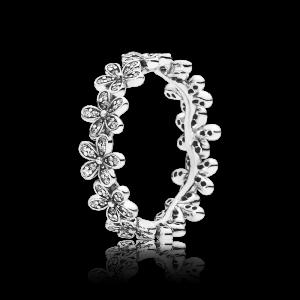 Daisy Flower Ring - PANDORA - Snabb frakt & paketinslagning - Nordicspectra.se