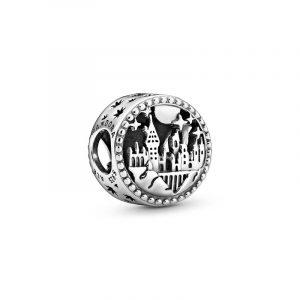 Harry Potter Hogwarts School of Witchcraft and Wizardry Berlock - PANDORA - Snabb frakt & paketinslagning - Nordicspectra.se