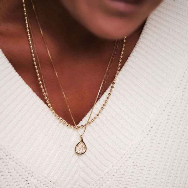 Fig Necklace Gold - Emma Israelsson - Snabb frakt & paketinslagning - Nordicspectra.se